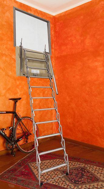 Scala retrattile a parete verticale personalizzata vendita - Scale a parete ...