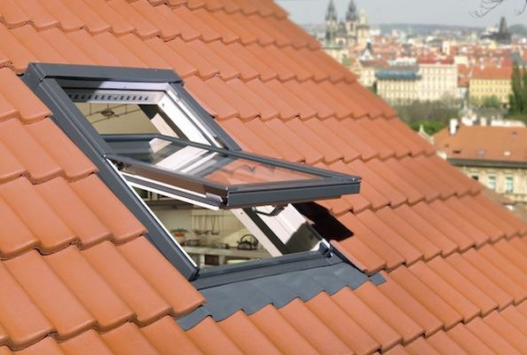 Finestra da tetto antiscasso vendita online rapida e for Finestre a tetto